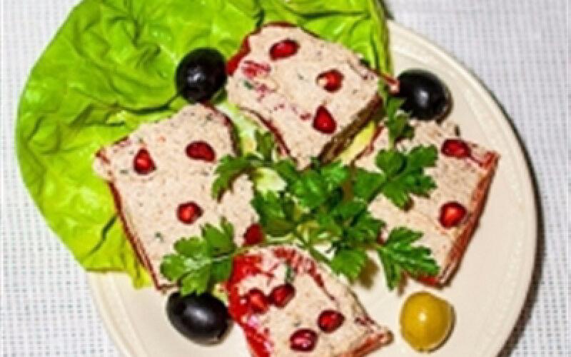 Перец, фаршированный грецкими орехами