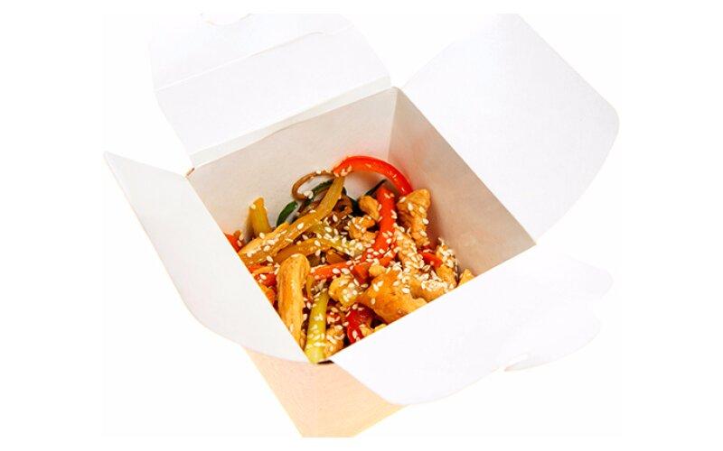 Лапша «Соба» с курицей и овощами