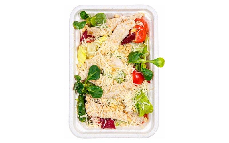 Зелёный салат с филе индейки