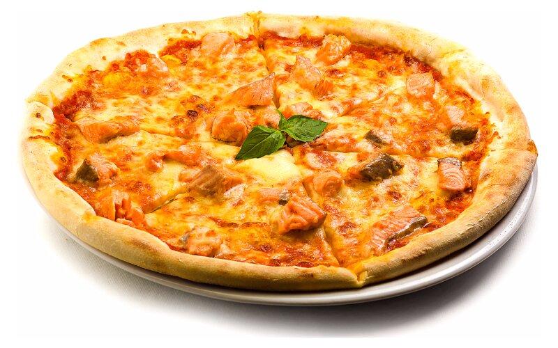 Пицца с форелью