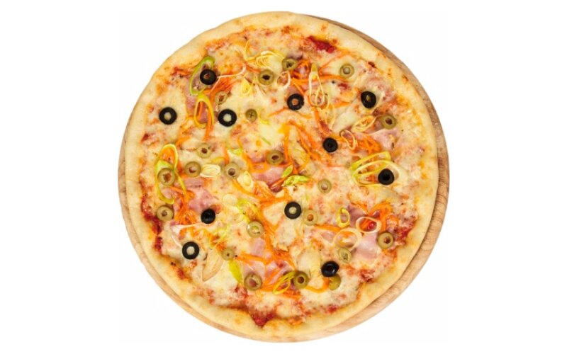 Пицца с курицей и грудинкой