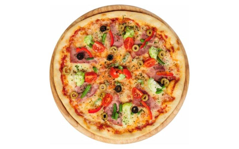 Пицца со свининой и овощами