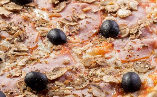 Пицца «Капричиоза» на пышномтесте