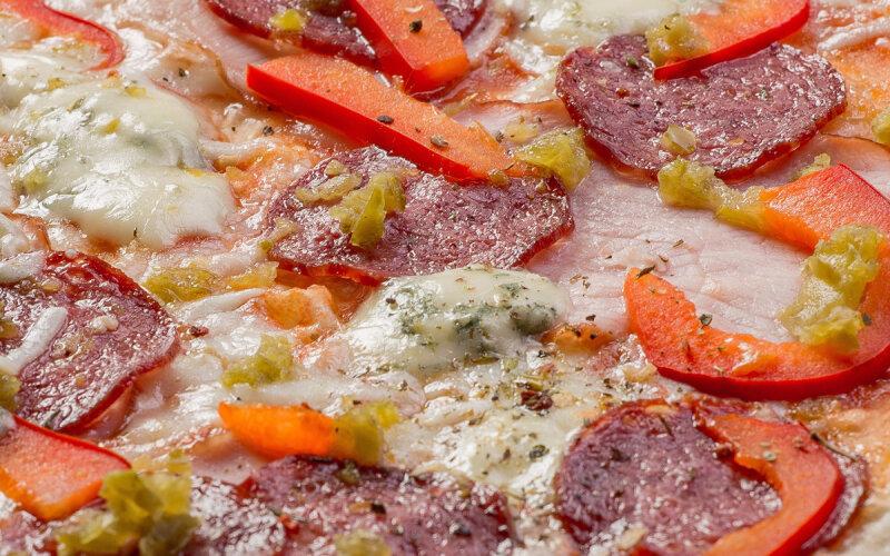Пицца «Терра» на пышном тесте