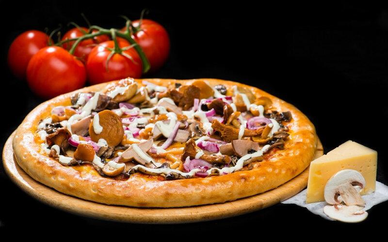 Пицца на толстом тесте «Грибной микс»