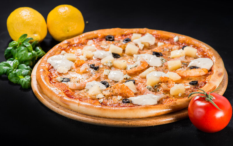 Пицца на толстом тесте «Неаполь»