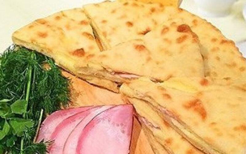 Пирог с грудинкой и картофелем