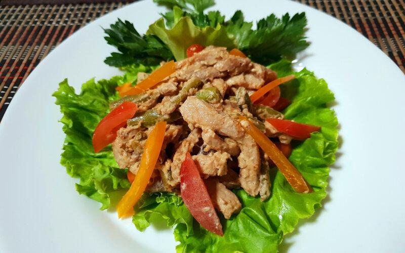 Тёплый салат «Сытый пан»