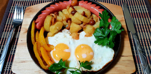 Горячее блюдо «Завтрак туриста»