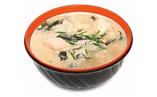 Суп острый с лососем