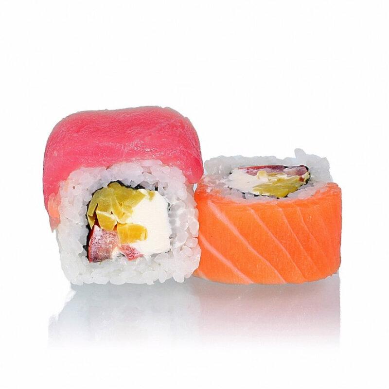 Ролл «Тунец с лососем и такуаном»