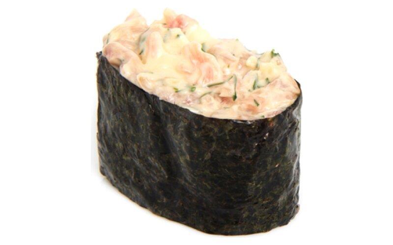 Гункан «Чесночный тунец»