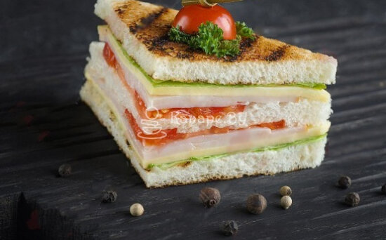 Мини-сэндвич с курицей