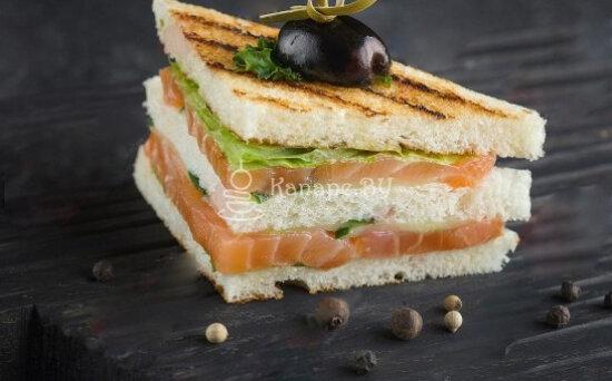 Мини-сэндвич с сёмгой