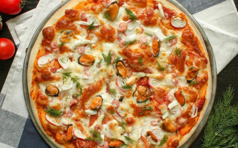 Пицца «Морской микс»