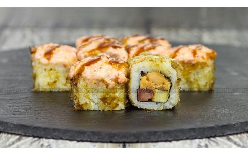 Ролл запечённый с жаренным в соусе «Терияки» лососем