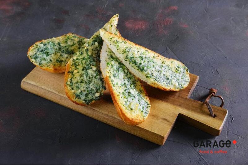 Хлеб чесночный