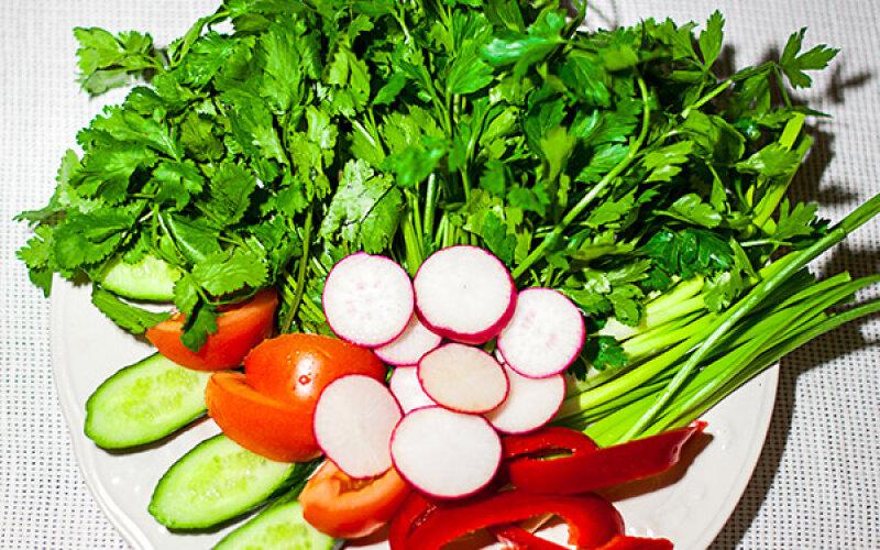 Закуска «Зелень с овощами»