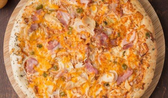 Пицца «Чикен бекон»
