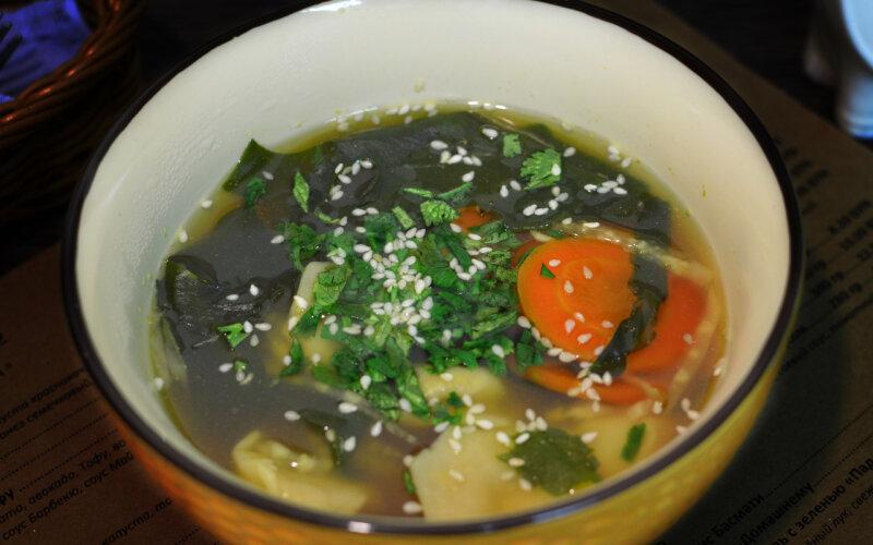 Мисо-суп с вегменями