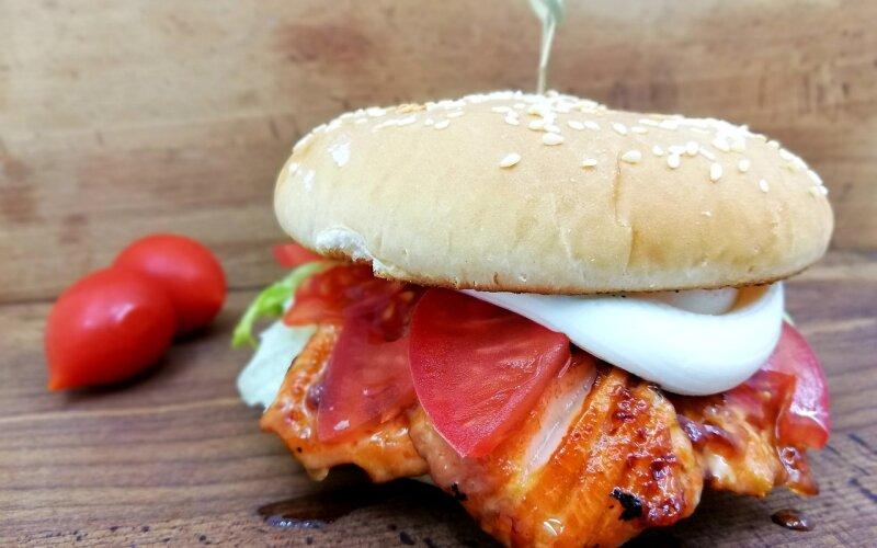 Фишбургер с лососем «Терияки»