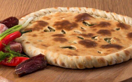 Осетинский пирог с  говядиной и свининой