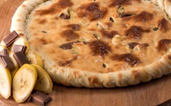 Осетинский пирог с бананом и шоколадом