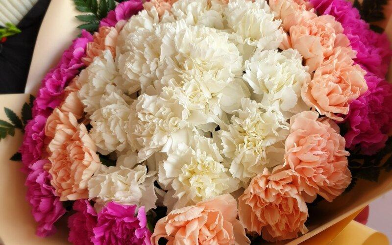 Букет цветов «Зефирное облако»