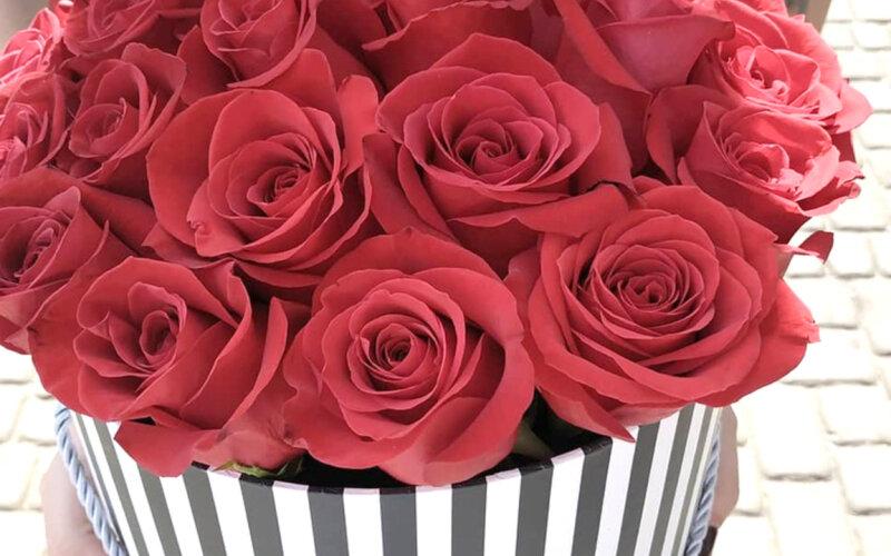 Коробка с розами «Классика»