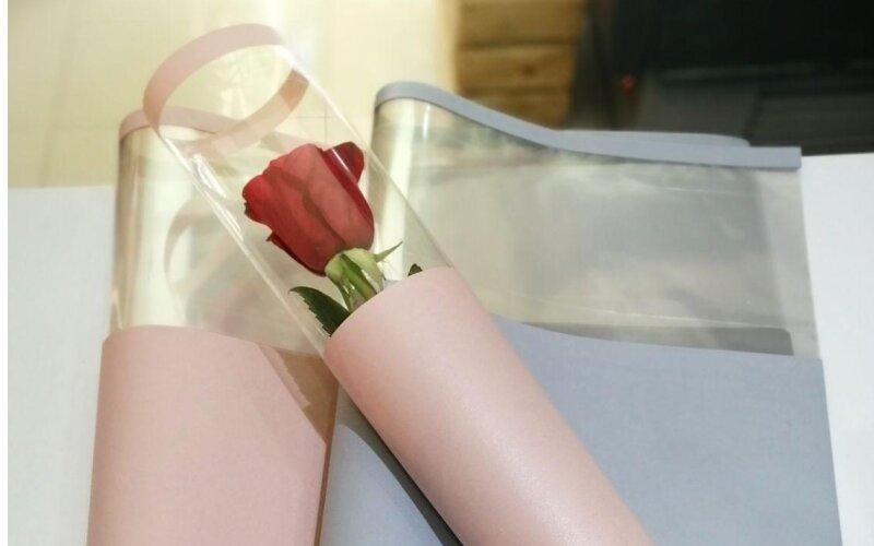 Роза в упаковке