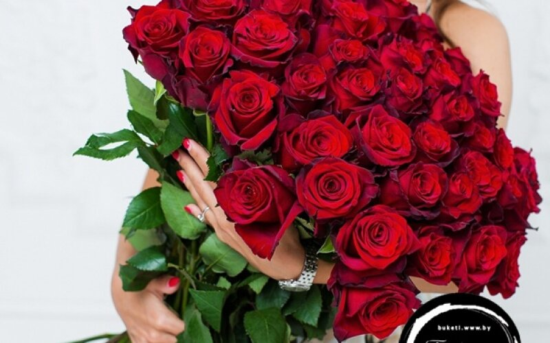 Букет «51 Красная роза»