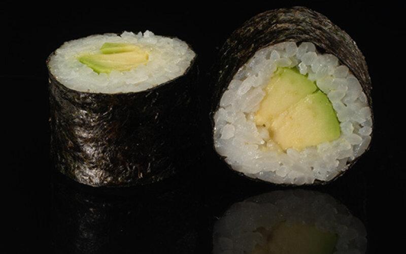 Ролл «Авокадо маки»