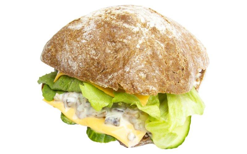 Сэндвич с грибами и сыром «Чеддер»