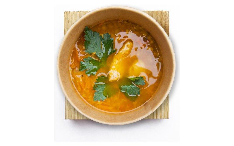Чечевичный суп с вялеными помидорами и индейкой