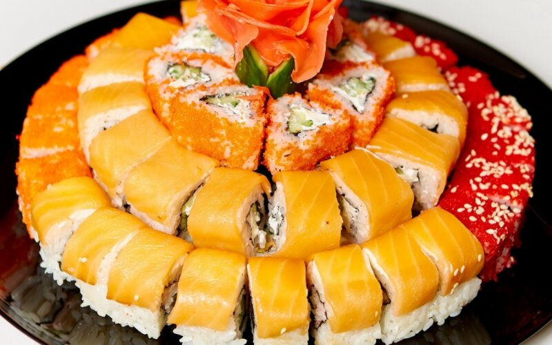 """Суши-сет «Торт """"Праздничный""""»"""