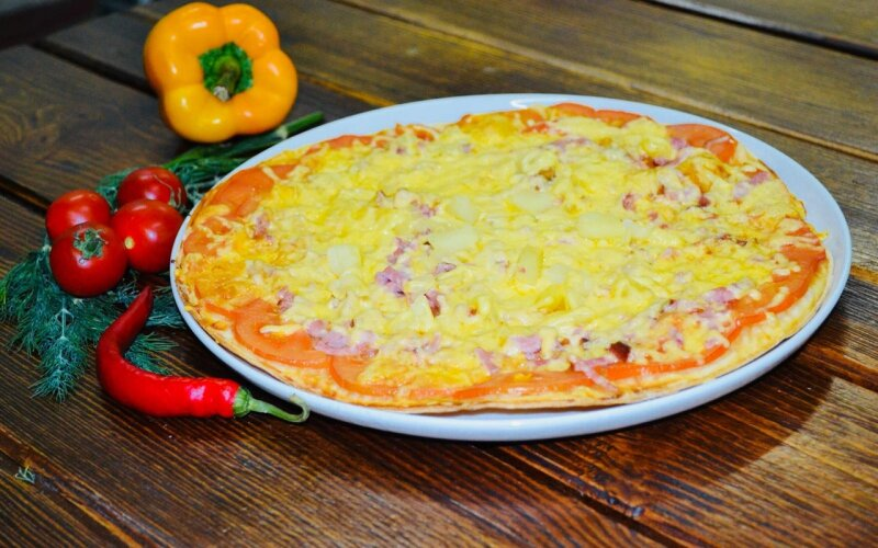 Пицца «С ананасами»