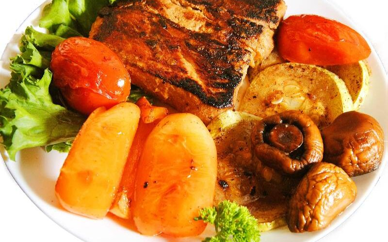 Стейк из свиной шеи (весовое блюдо)