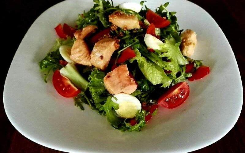 Салат «Яскравы лосос»