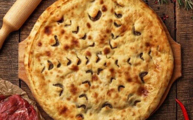 Пирог с бараниной и кинзой