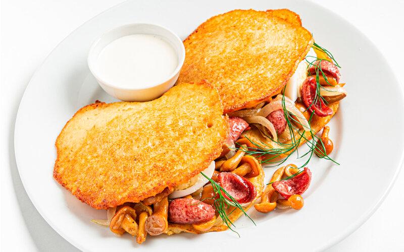 Картофан с опятами и «Охотничьими» колбасками