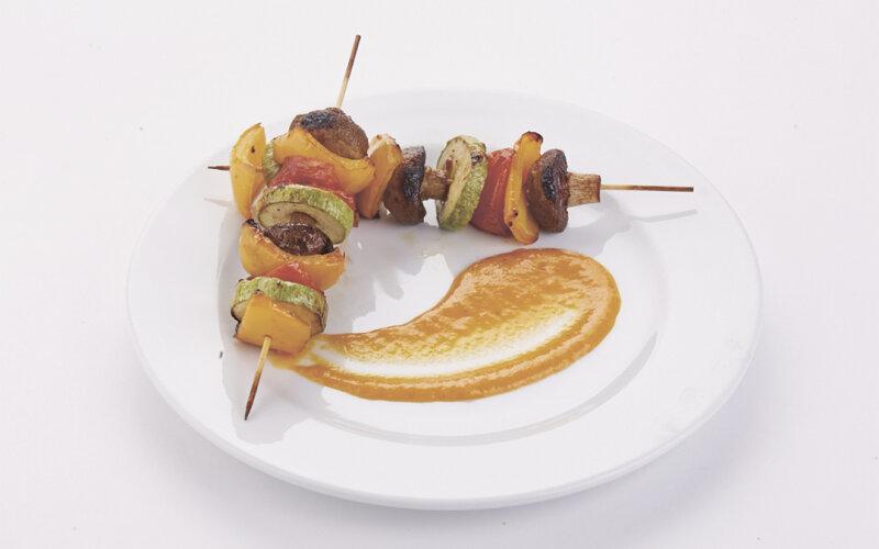 Овощи гриль с соусом «Барбекю»