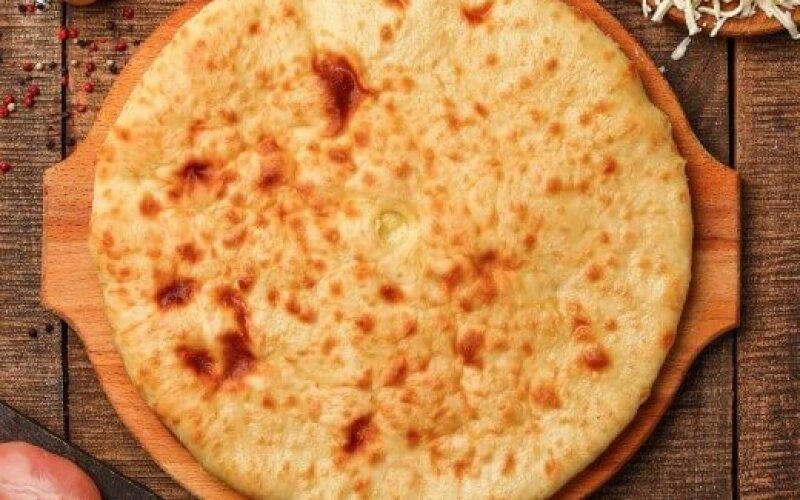 Пирог с курицей, шпинатом и сыром