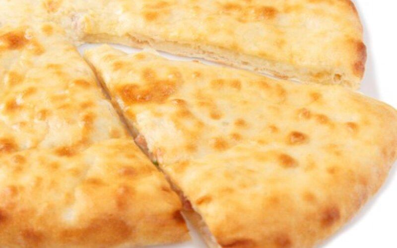 Пирог с картофелем, грудинкой и сыром