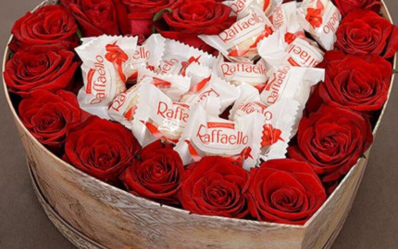 Шляпная коробка «Трепетная любовь»