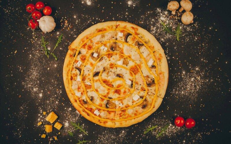 Пицца «Грибной цыплёнок»