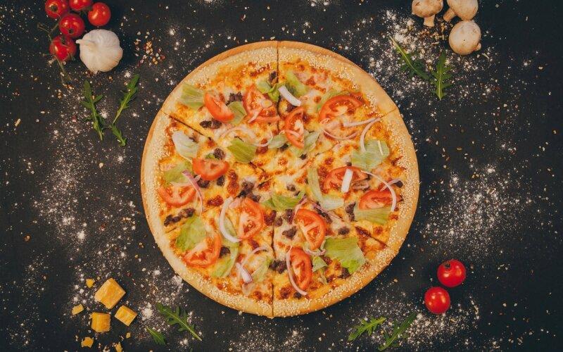 Пицца «Биф-тейсти»