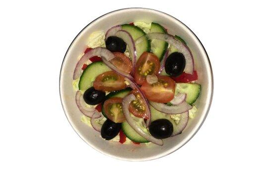 Салат овощной с горчичной заправкой