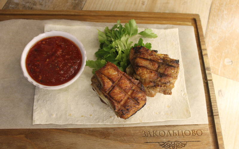 Рёбра гриль (весовое блюдо)