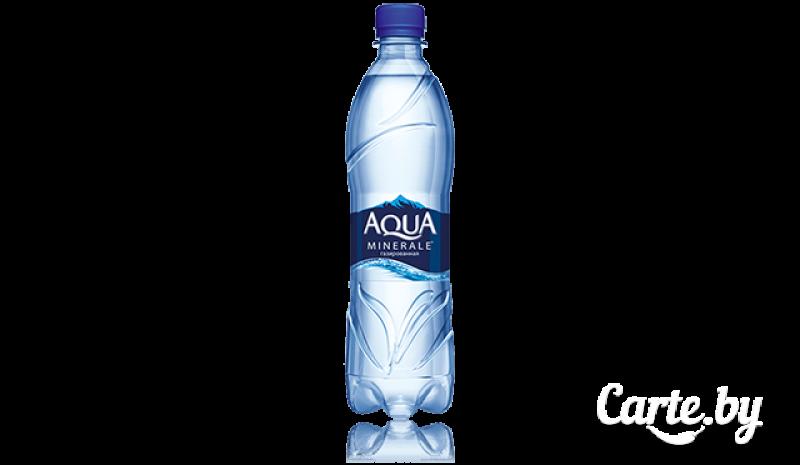 Вода питьевая Aqua среднегазированная
