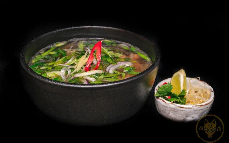 Суп «Фо бо» с телятиной